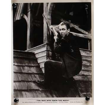 L'HOMME QUI EN SAVAIT TROP Photo de presse N03 - 20x25 cm. - 1954 - James Stewart, Alfred Hitchcock