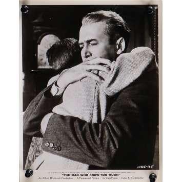 L'HOMME QUI EN SAVAIT TROP Photo de presse N05 - 20x25 cm. - 1954 - James Stewart, Alfred Hitchcock