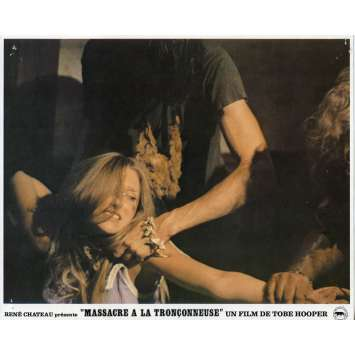 MASSACRE A LA TRONÇONNEUSE Photo de film N01 - 21x30 cm. - 1974 - Marilyn Burns, Tobe Hooper