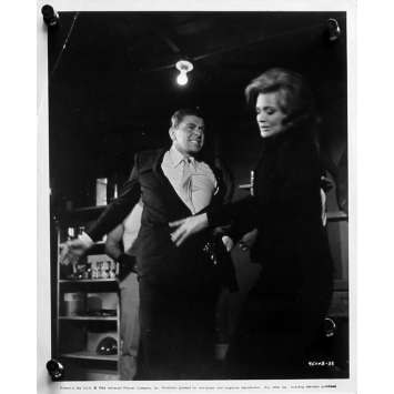 A BOUT PORTANT Photo de presse N01 - 20x25 cm. - 1964 - Lee Marvin, Don Siegel