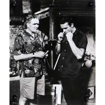 THUNDERBALL Original Movie Still N02 - 8x10 in. - 1965 - James Bond, Sean Connery