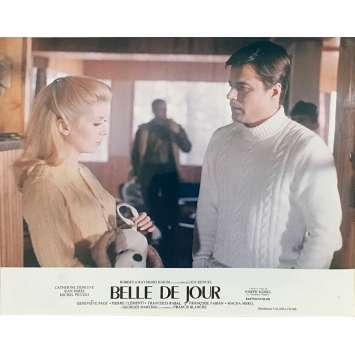 BELLE DE JOUR Photo de film N02 - 24x30 cm. - 1967 - Catherine Deneuve, Luis Bunuel