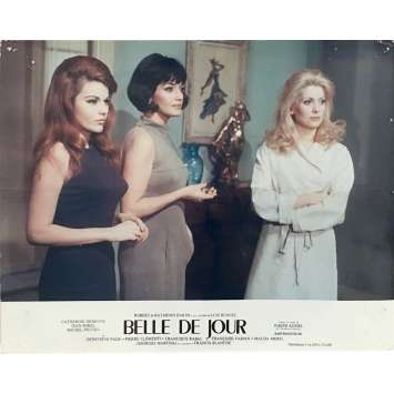 BELLE DE JOUR Photo de film N01 - 24x30 cm. - 1967 - Catherine Deneuve, Luis Bunuel
