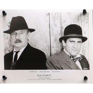 JEAN DE FLORETTE Photo de presse N01 - 20x25 cm. - 1986 - Yves Montand, Gérard Depardieu, Claude Berri