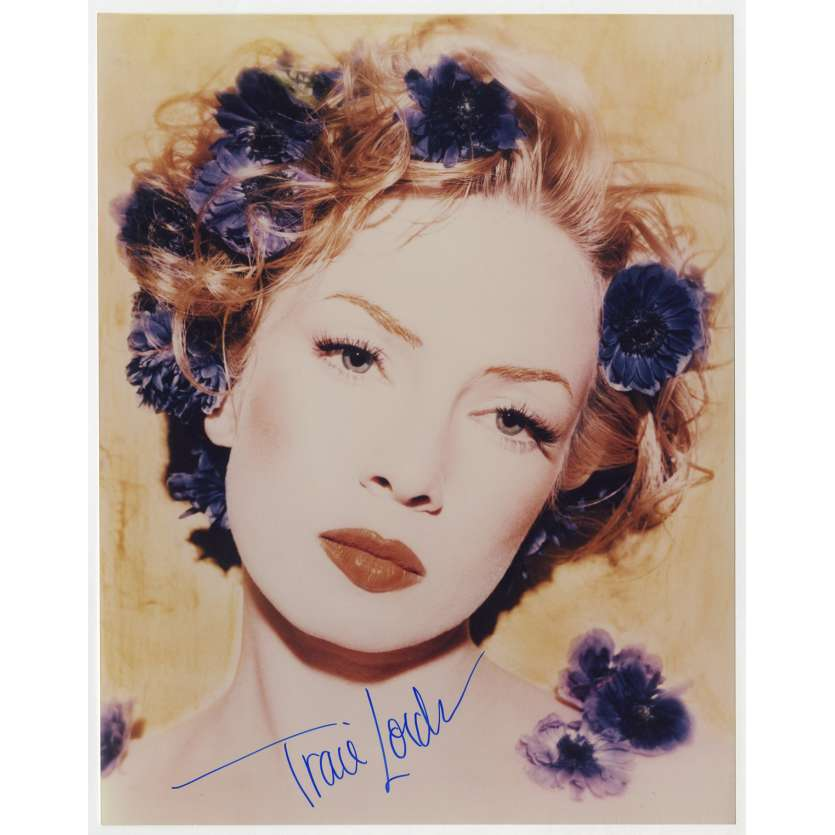 TRACI LORDS Original Signed Photo - 8x10 in. - 1990 - 0, 0