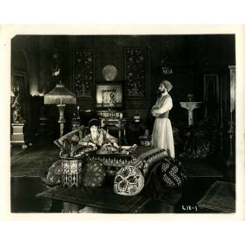 THE MOTHER OF HIS CHILDREN Original Movie Still - 8x10 in. - 1920 - Edward LeSaint, Gladys Brockwell