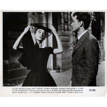 ARIANE Photo de presse N07 - 20x25 cm. - 1957 - Audrey Hepburn, Billy Wilder