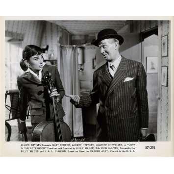 ARIANE Photo de presse N05 - 20x25 cm. - 1957 - Audrey Hepburn, Billy Wilder