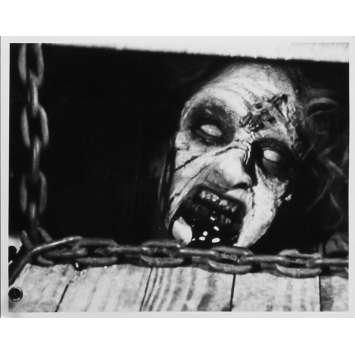 EVIL DEAD Photo de presse N02 - 20x25 cm. - 1981 - Bruce Campbell, Sam Raimi