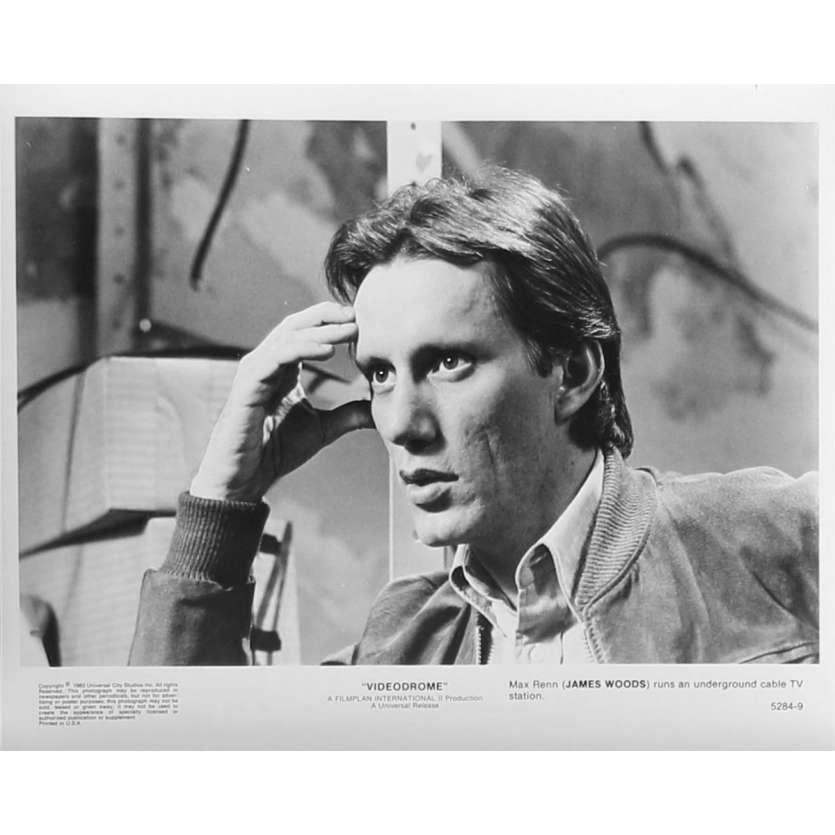 VIDEODROME Photo de presse N09 - 20x25 cm. - 1983 - James Woods, David Cronenberg