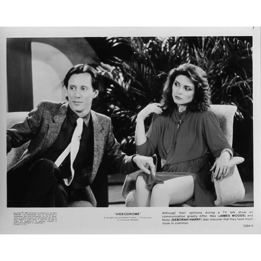 VIDEODROME Photo de presse N05 - 20x25 cm. - 1983 - James Woods, David Cronenberg