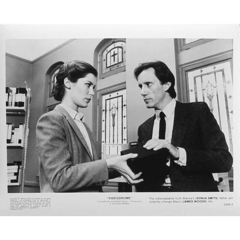 VIDEODROME Photo de presse N04 - 20x25 cm. - 1983 - James Woods, David Cronenberg