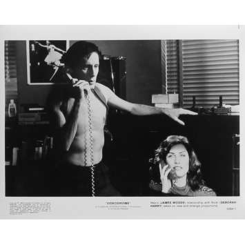 VIDEODROME Photo de presse N01 - 20x25 cm. - 1983 - James Woods, David Cronenberg