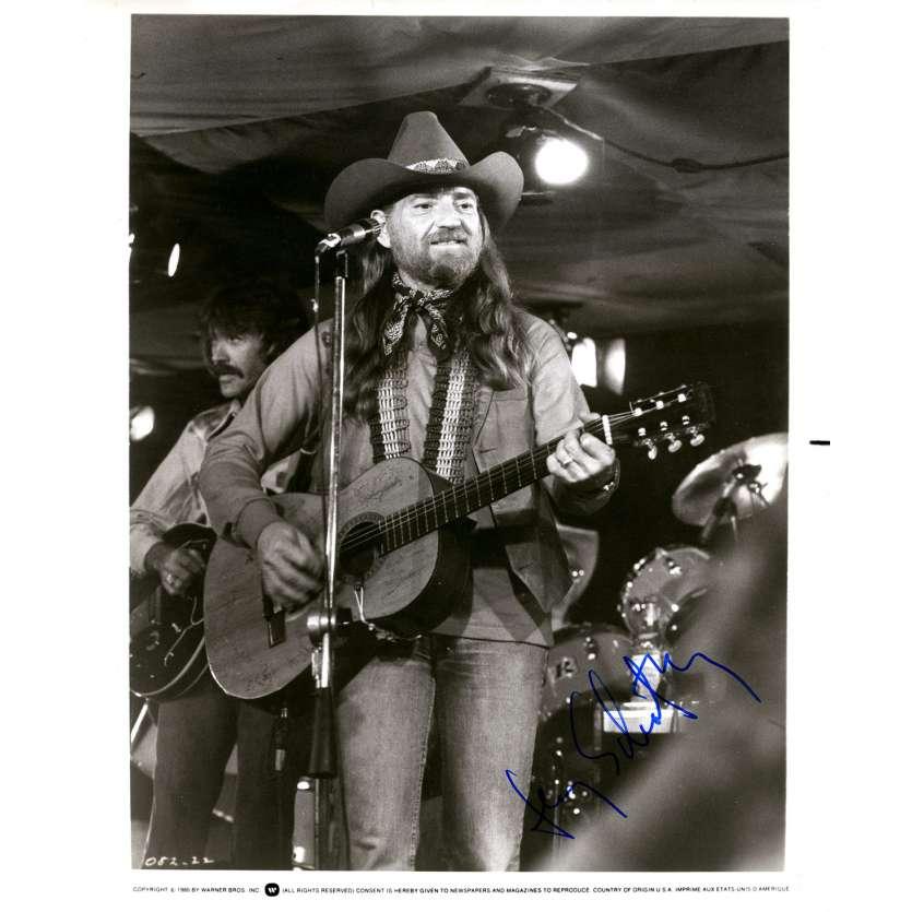 SHOW BUS Photo signée - 18x24 cm. - 1980 - Willie Nelson, Jerry Schatzberg