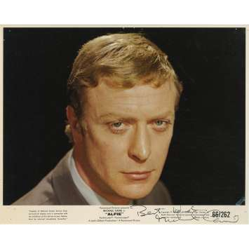 ALFIE US Signed Photo - 8x10 in. - 1966 - Lewis Gilbert, Michael Caine