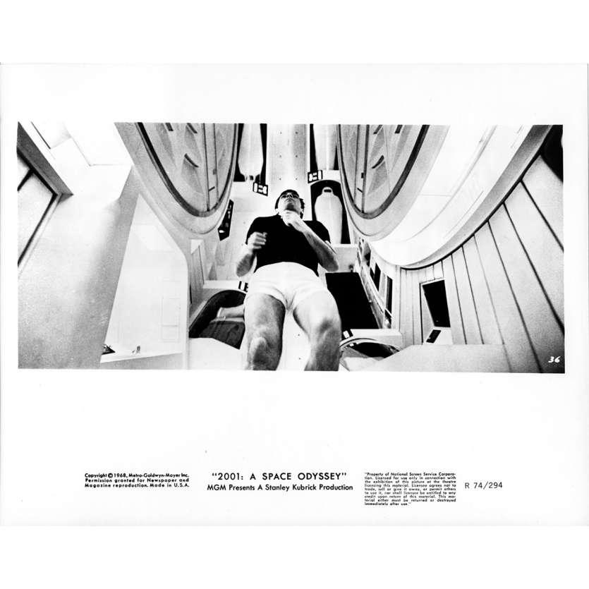 2001 L'ODYSSEE DE L'ESPACE Photo de presse 036 - 20x25 cm. - R1974 / 1968 - Keir Dullea, Stanley Kubrick