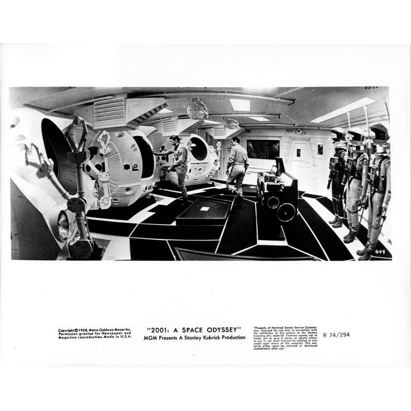 2001 L'ODYSSEE DE L'ESPACE Photo de presse 649 - 20x25 cm. - R1974 / 1968 - Keir Dullea, Stanley Kubrick