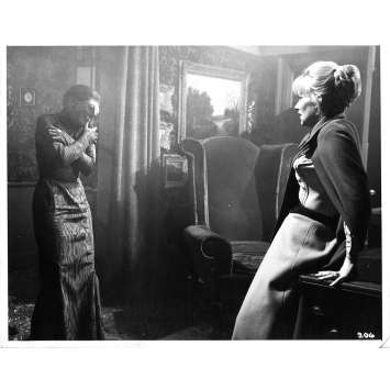 LA FEMME REPTILE Photo de presse 206 - 20x25 cm. - 1966 - Noel Willman, John Gilling