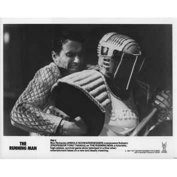 RUNNING MAN Photo de presse RM-5 - 20x25 cm. - 1987 - Arnold Schwarzenegger, Paul Michael Glaser