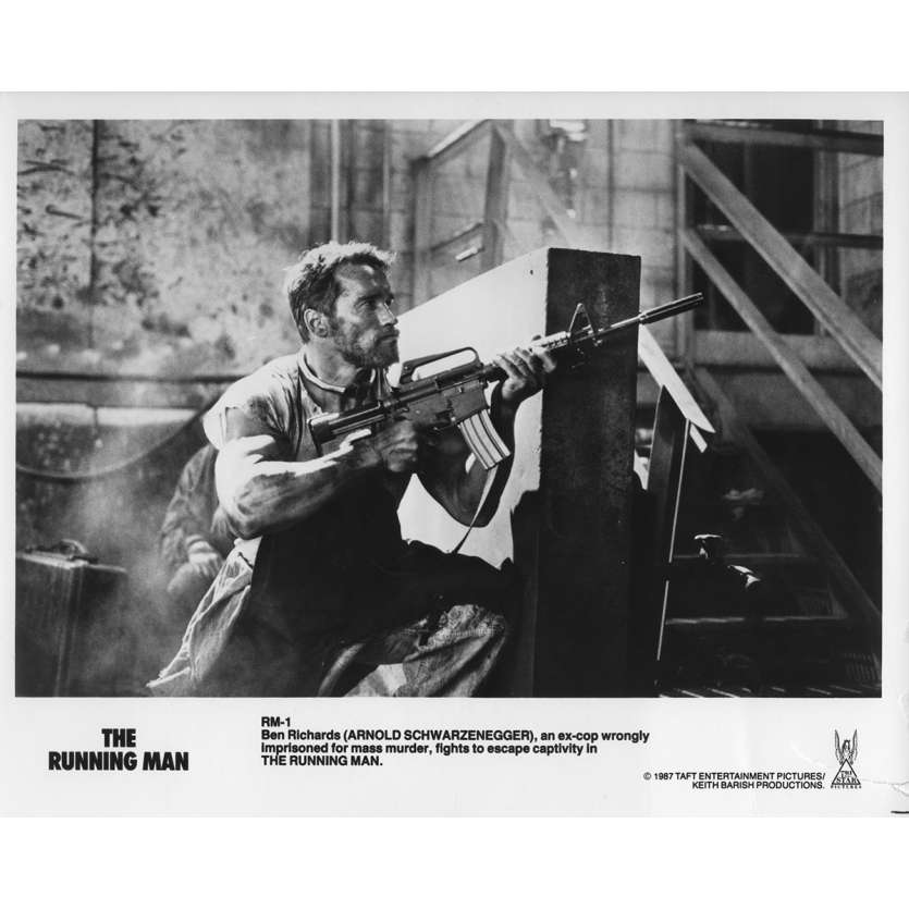 RUNNING MAN Photo de presse RM-1B - 20x25 cm. - 1987 - Arnold Schwarzenegger, Paul Michael Glaser