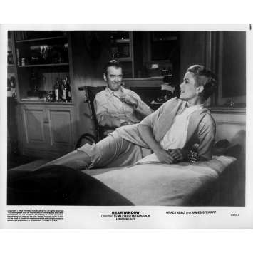 REAR WINDOW Original Movie Still 5313-6 - 8x10 in. - 1954 / R1983 - Alfred Hitchcock, James Stewart