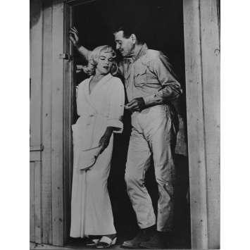 LES DESAXES Photo de presse N09 - 18x24 cm. - R1970 - Marilyn Monroe, John Huston