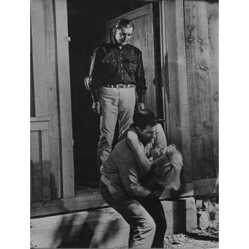 LES DESAXES Photo de presse N03 - 18x24 cm. - R1970 - Marilyn Monroe, John Huston