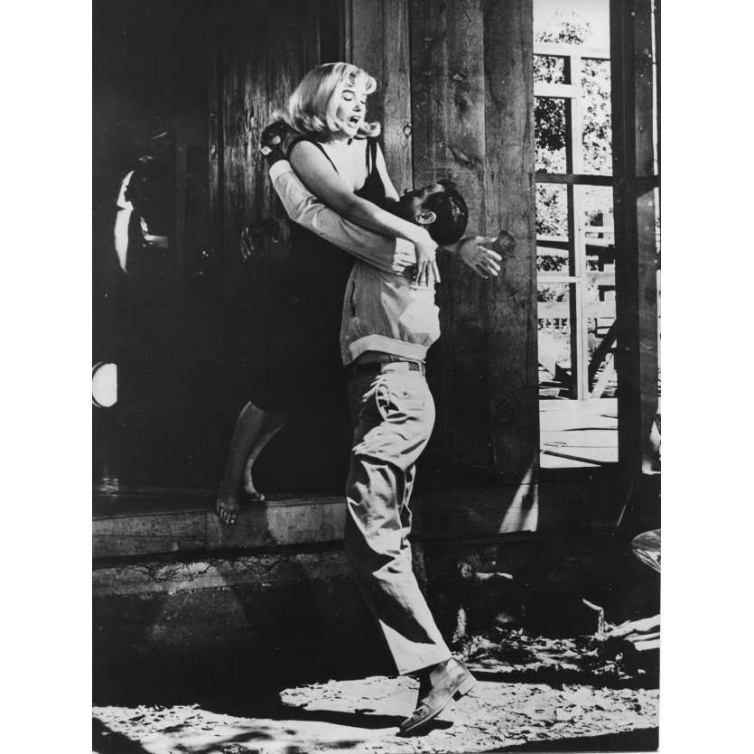 THE MISFISTS Original Movie Still N04 - 7x9 in. - R1970 - John Huston, Marilyn Monroe