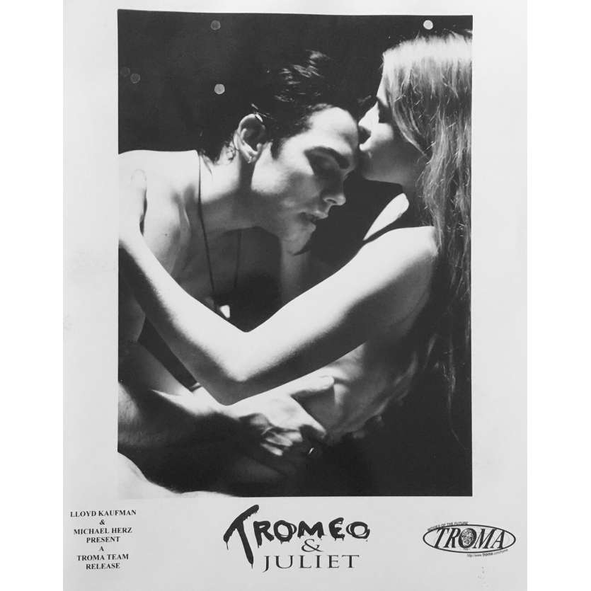 TROMEO AND JULIET Photo de presse N02 - 20x25 cm. - 1996 - Jane Jensen, Lloyd Kaufman