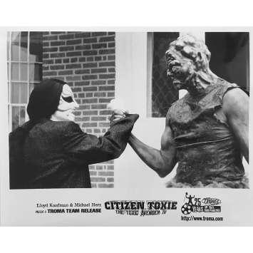 CITIZEN TOXIE : THE TOXIC AVENGERS IV Original Movie Still N08 - 8x10 in. - 2000 - Lloyd Kaufman, David Mattey