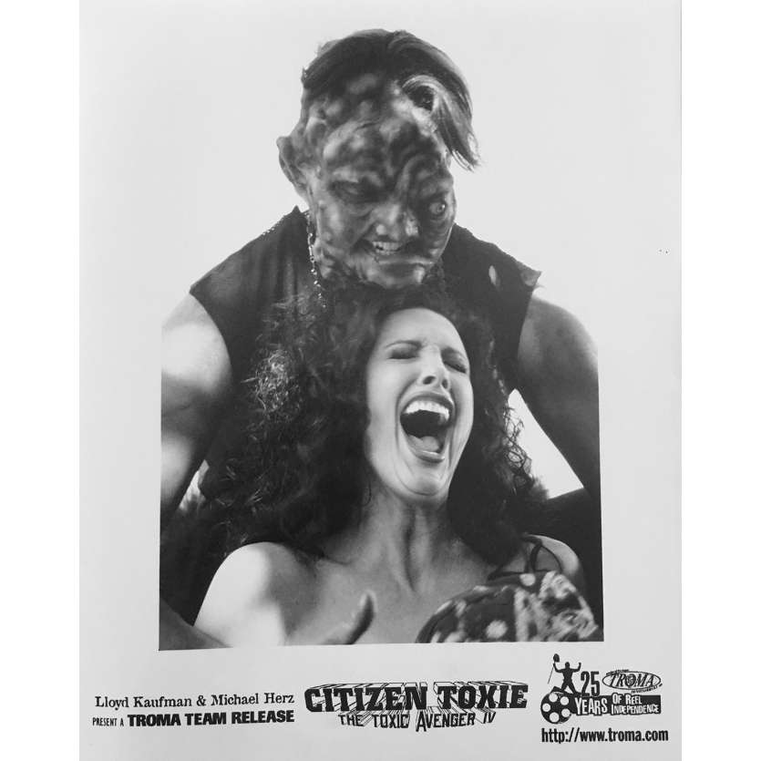 CITIZEN TOXIE : THE TOXIC AVENGERS IV Original Movie Still N01 - 8x10 in. - 2000 - Lloyd Kaufman, David Mattey