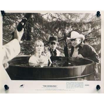 HURLEMENTS Photo de presse TH-7 - 20x25 cm. - 1981 - Patrick McNee, Joe Dante