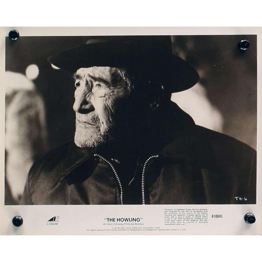 HURLEMENTS Photo de presse TH-6 - 20x25 cm. - 1981 - Patrick McNee, Joe Dante