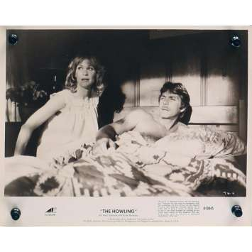 HURLEMENTS Photo de presse TH-4 - 20x25 cm. - 1981 - Patrick McNee, Joe Dante