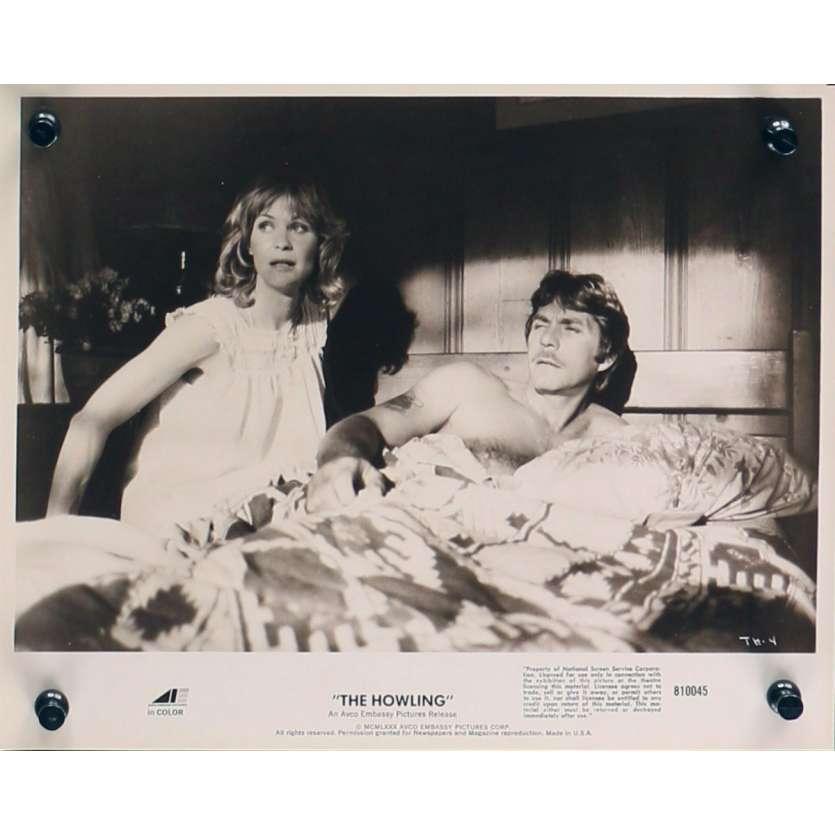 HURLEMENTS Photo de presse TH-4 - 20x25 cm. - 1981 - Patrick McNee, Joe Dante