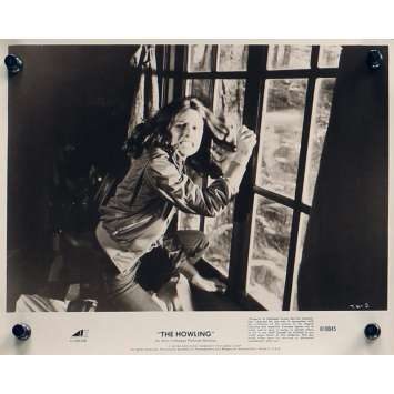 HURLEMENTS Photo de presse TH-2 - 20x25 cm. - 1981 - Patrick McNee, Joe Dante