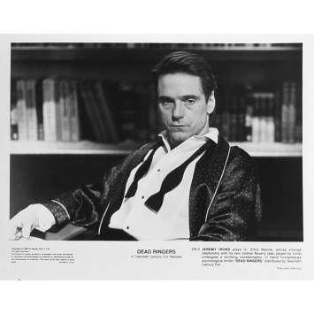 FAUX SEMBLANTS Photo de presse DR-5 - 20x25 cm. - 1988 - Jeremy Irons, David Cronenberg