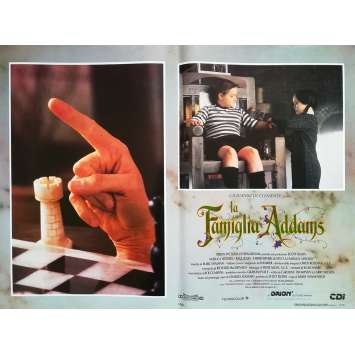 LA FAMILLE ADDAMS Photo de film N6 - 46x64 cm. - 1991 - Raul Julia, Barry Sonnenfeld