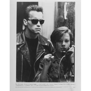 TERMINATOR 2 Original Movie Still N12 - 8x10 in. - 1992 - James Cameron, Arnold Schwarzenegger