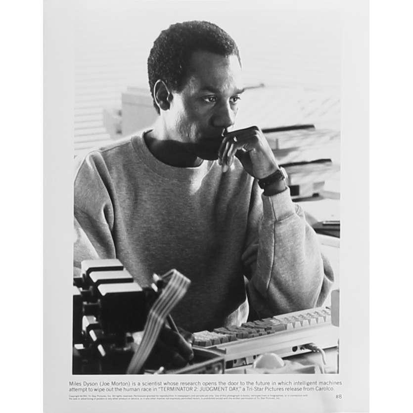 TERMINATOR 2 Photo de presse N8 - 20x25 cm. - 1992 - Arnold Schwarzenegger, James Cameron