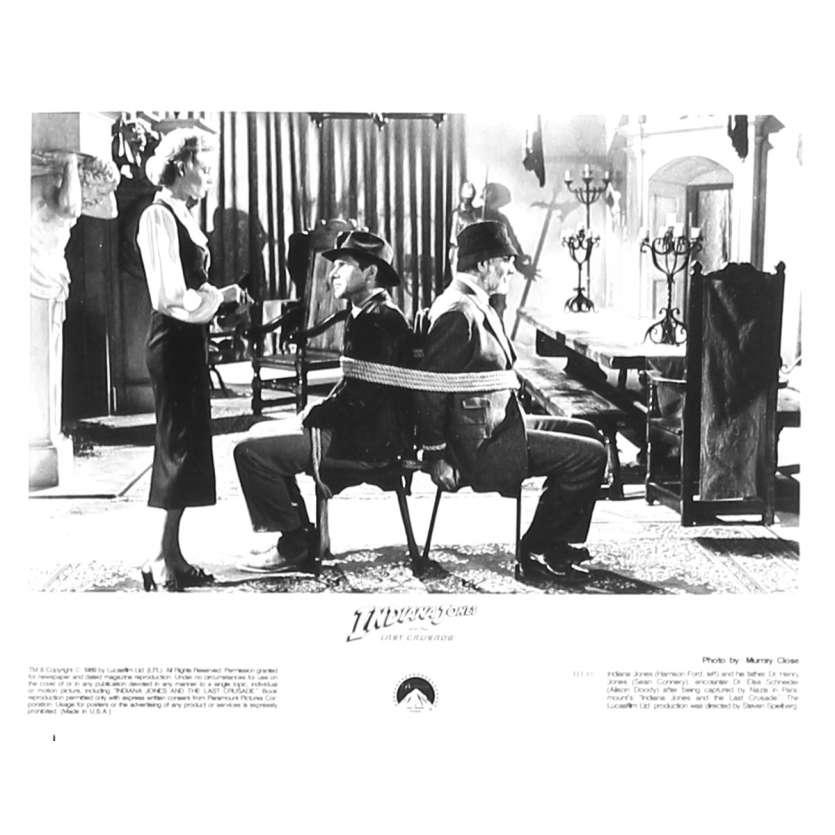 INDIANA JONES ET LA DERNIERE CROISADE Photo de presse IJ3-10 - 20x25 cm. - 1989 - Harrison Ford, Steven Spielberg