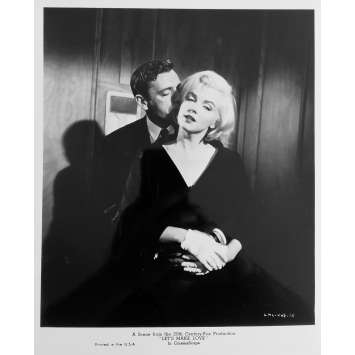 LET'S MAKE LOVE Original Movie Still N08 - 8x10 in. - R1980 - George Cukor, Marilyn Monroe, Yves Montand