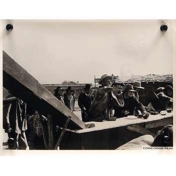 MON NOM EST PERSONNE Photo de presse N004 - 20x25 cm. - 1973 - Henry Fonda, Terence Hill, Tonino Valerii
