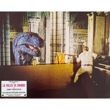 LA VALLEE DE GWANGI Photo de film N1 - 21x30 cm. - 1969 - James Franciscus, Ray Harryhausen