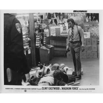 MAGNUM FORCE Photo de presse N103 - 20x25 cm. - 1973 - Clint Eastwood, Ted Post