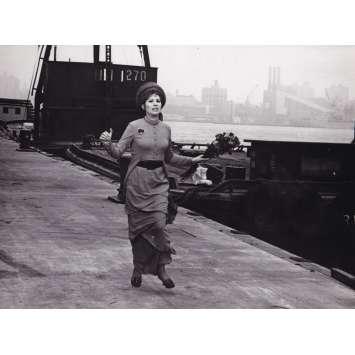 FUNNY GIRL Photo de film - 18x24 cm. - 1968 - Barbra Streisand, William Wyler