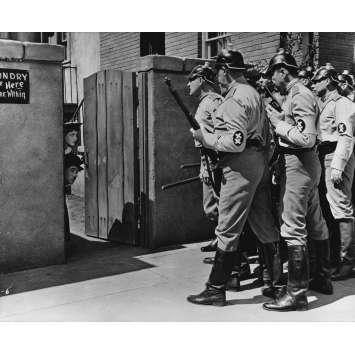 LE DICTATEUR Photo de presse P-1-6 - 20x25 cm. - 1940 - Paulette Goddard, Charles Chaplin