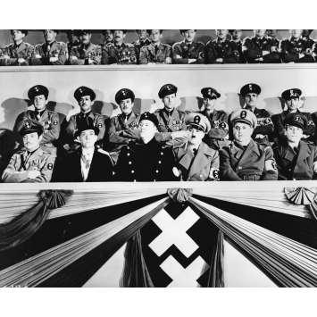 LE DICTATEUR Photo de presse P-232-6 - 20x25 cm. - 1940 - Paulette Goddard, Charles Chaplin