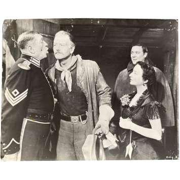 LA CHARGE HEROIQUE Photo de film N04 - 24x30 cm. - 1949 - John Wayne, John Ford
