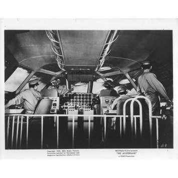 PRISONNIERES DES MARTIENS Photo de film N2 20x25 - 1959 - Kenji Sahara, Ishiro Honda